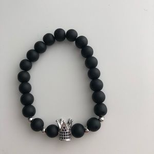 Crown bracelet with black beads